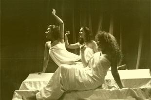 HELENA!, 1988
